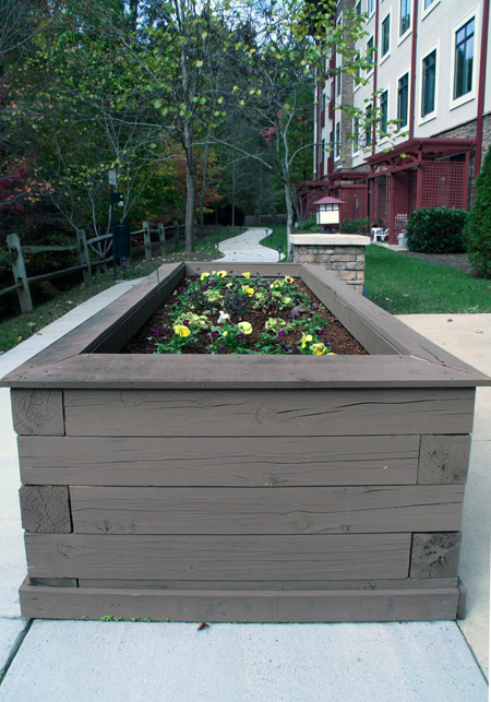 building-elevated-planter-boxes