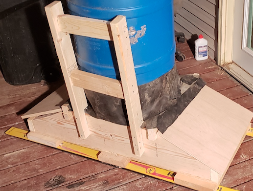 how-to-build-a-portable-pig-feeder