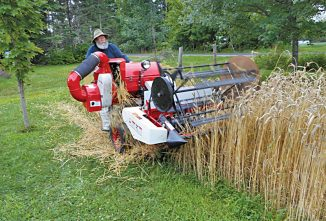 BOAZ: A Mini Wheat Harvesting Machine
