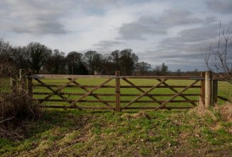 Quick Tips For Fixing Metal and Wooden Gates