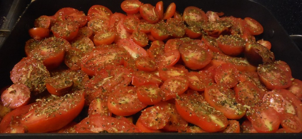 making-tomato-sauce-from-scratch