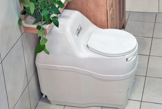 7 Reasons to Consider a Composting Toilet