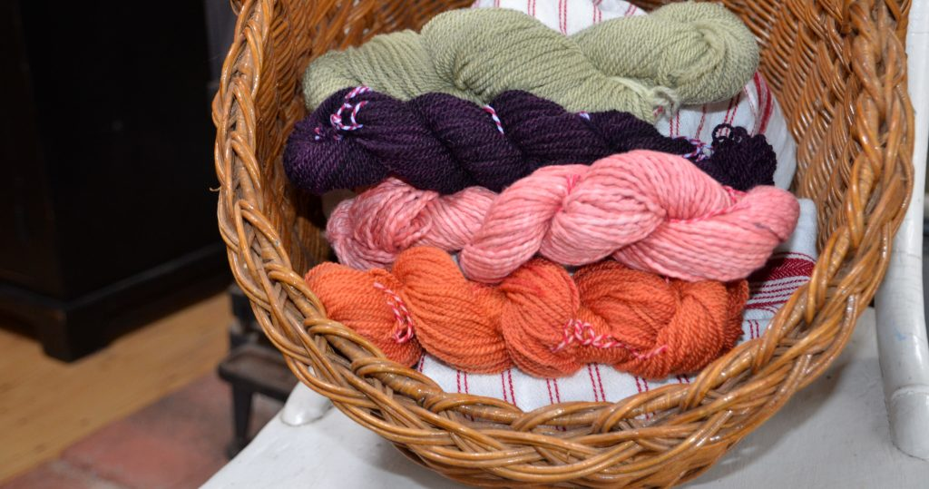 dyeing-wool-yarn