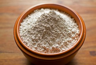 Diatomaceous Earth Uses in Chickens